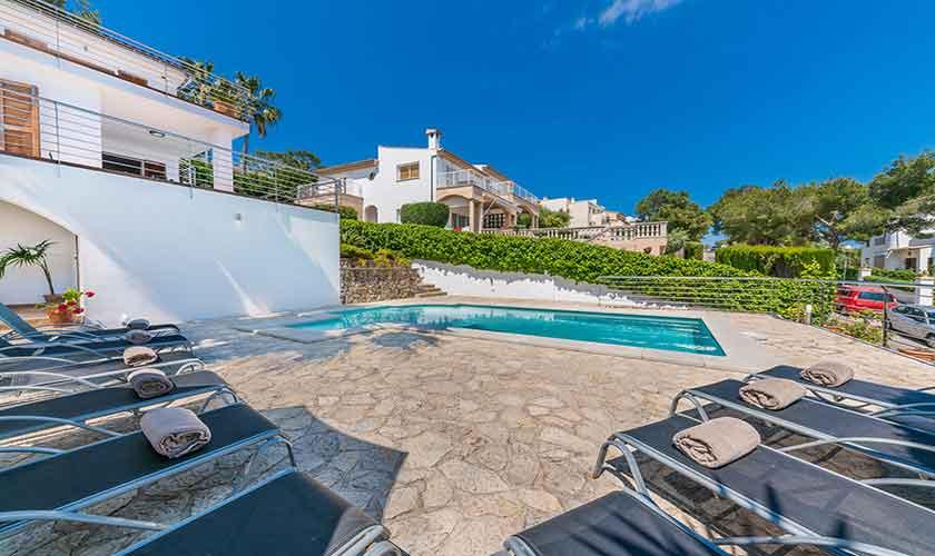 Pool und Terrasse Ferienvilla Mallorca PM 3802