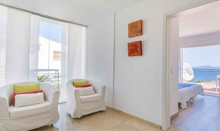 Wohnraum Ferienvilla Mallorca PM 3802