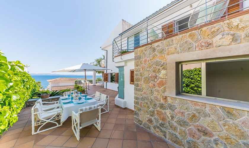 Terrasse und Ferienvilla Mallorca PM 3802