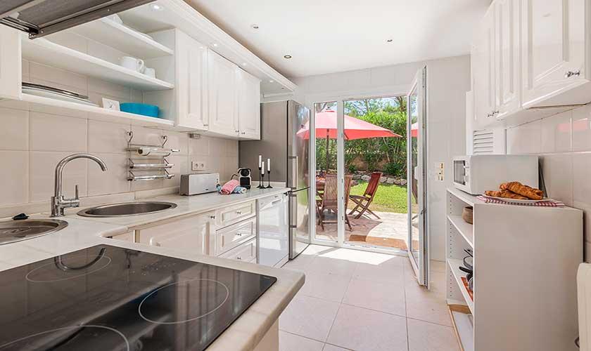 Küche Ferienhaus Mallorca Bonaire PM 3806