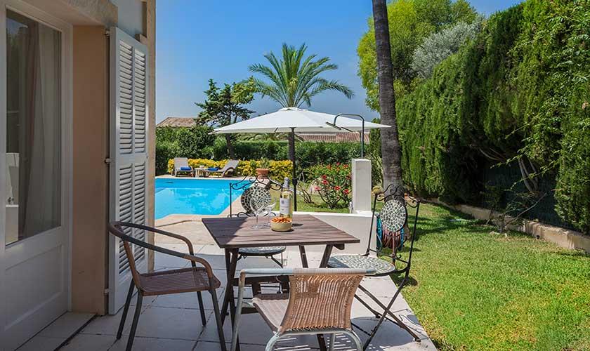Terrasse und Garten  Ferienhaus Mallorca Bonaire PM 3806