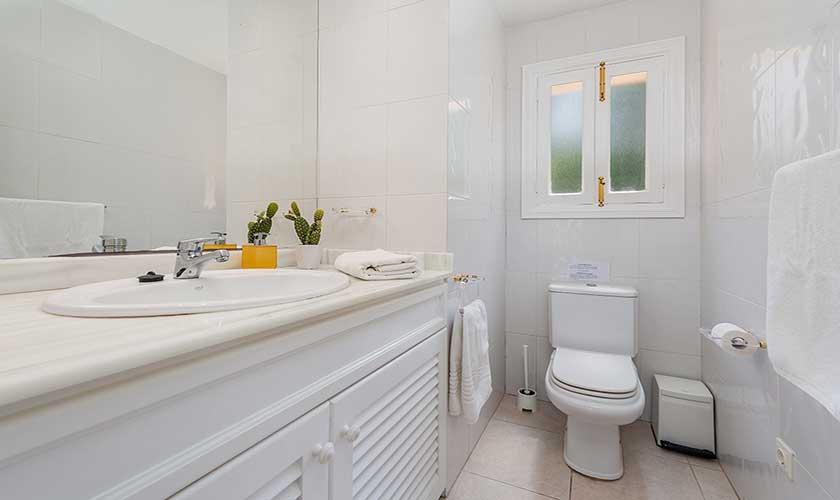 Badezimmer Ferienhaus Mallorca Bonaire PM 3806