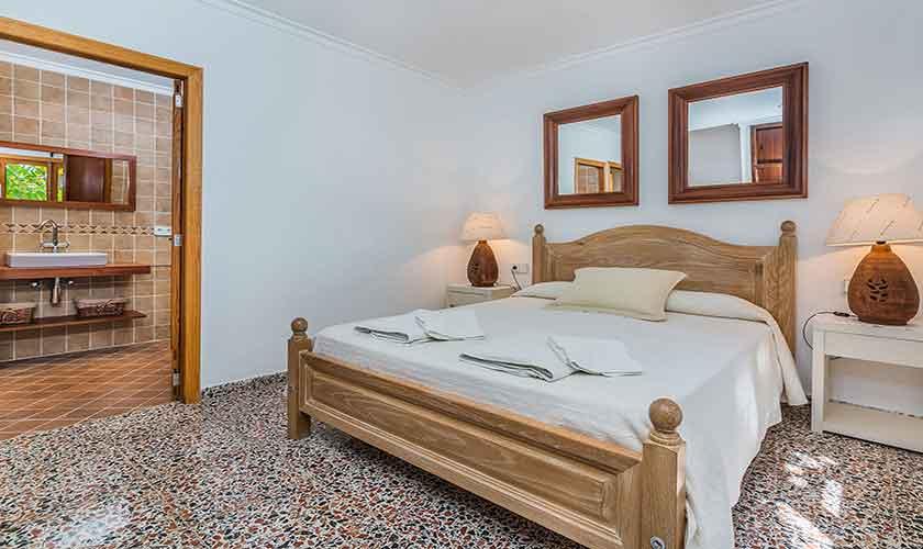 Schlafzimmer Finca Mallorca PM 3814