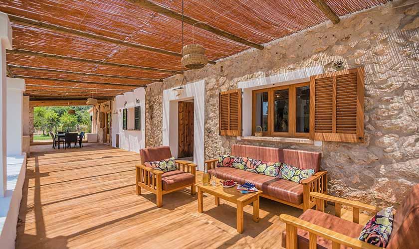 Überdachte Terrasse Finca Mallorca bei Pollensa PM 3818