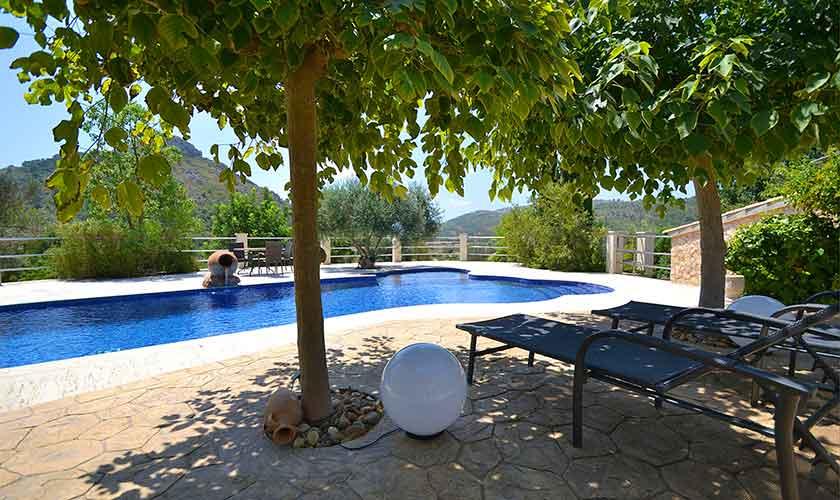 Pool und Terrasse Finca Mallorca Norden PM 3836