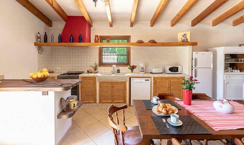 Küche Finca Mallorca bei Pollensa PM 3837