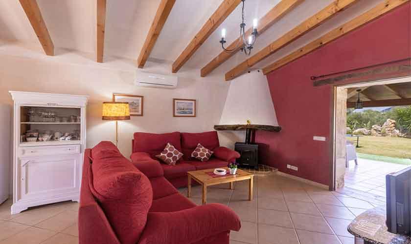 Wohnraum Finca Mallorca bei Pollensa PM 3837