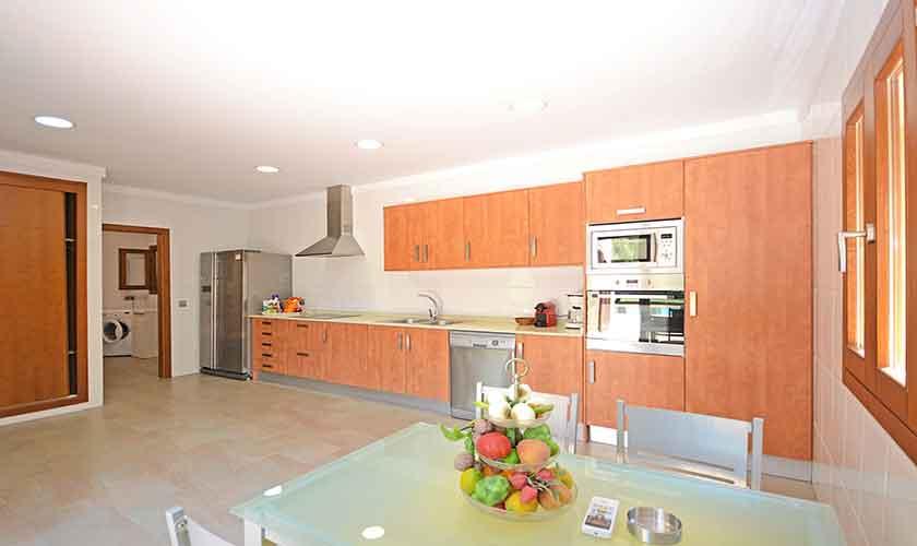 Küche Finca Mallorca Nordküste PM 3850