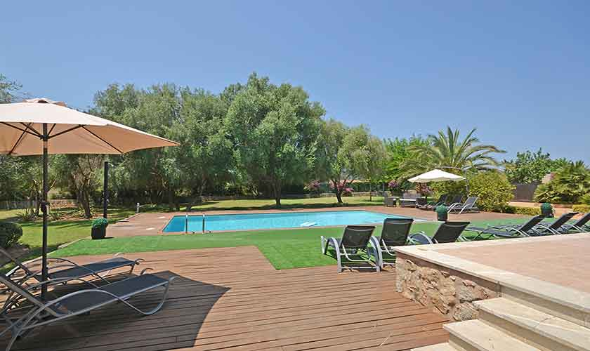 Pool und Terrasse Finca Mallorca Nordküste PM 3850