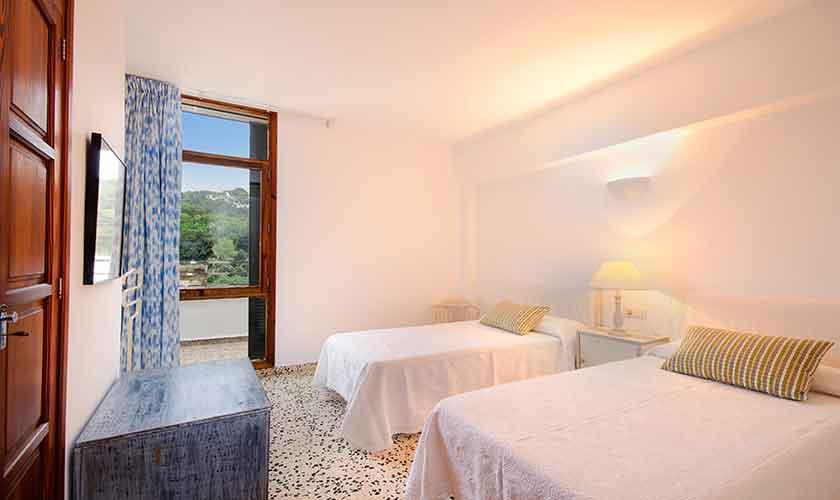 Schlafzimmer Mallorca Ferienwohnung Strandnähe PM 3853