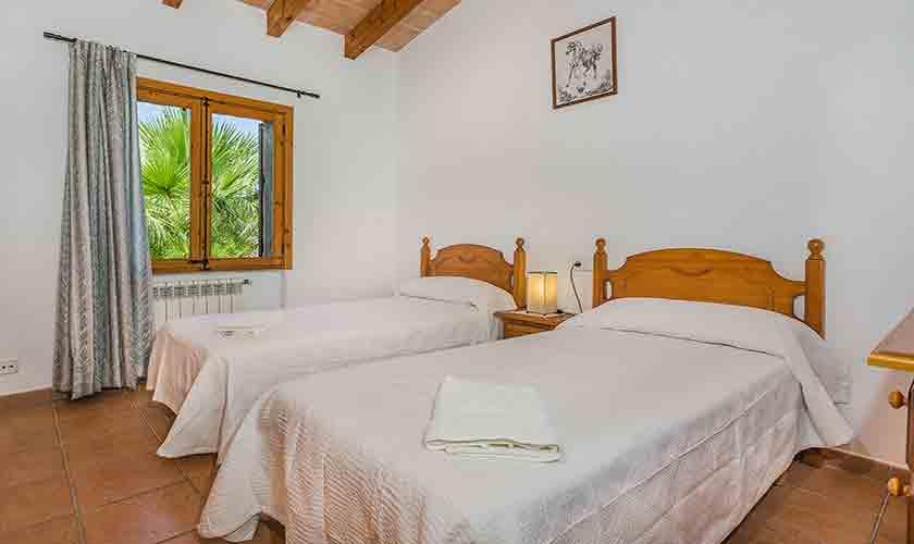 Schlafzimmer Finca Mallorca Norden PM 3858