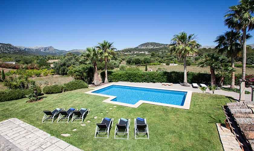 Pool und Liegen Finca Mallorca 6 Personen PM 3865