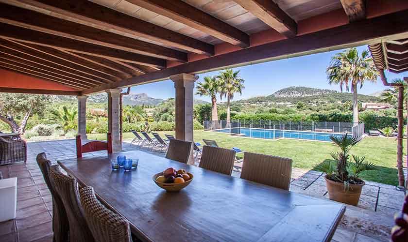 Terrasse und Esstisch Finca Mallorca 6 Personen PM 3865