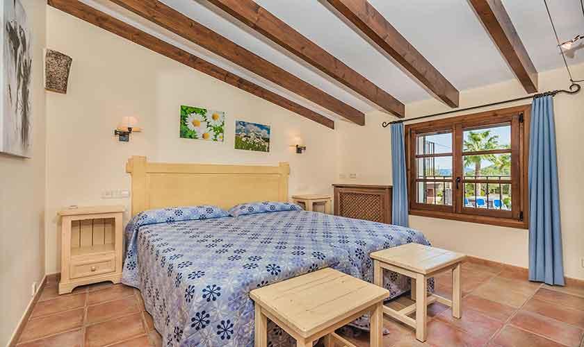 Schlafzimmer Finca Mallorca Norden PM 3868