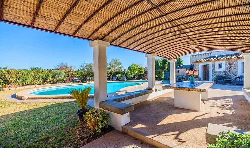 Pool und Terrasse Finca Mallorca Norden PM 3875