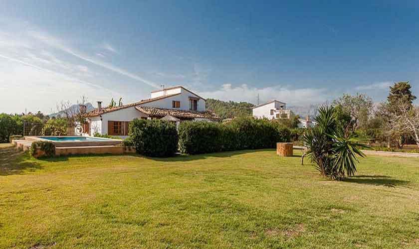 Garten und Rasenflächen Finca Mallorca Norden PM 3878