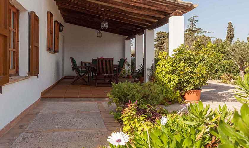 Überdachte Terrasse und Finca Mallorca Norden PM 3878