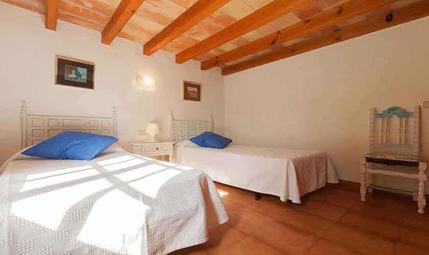 Schlafzimmer Finca Mallorca Norden PM 3878