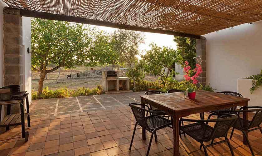 Terrasse und Essplatz Finca Mallorca Norden PM 3878