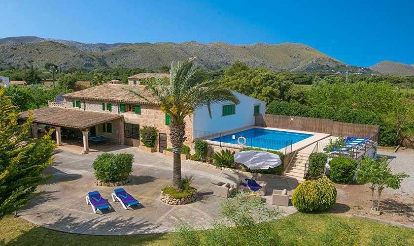 Blick von oben auf  die Poolfinca Mallorca PM 3892