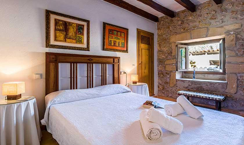 Schlafzimmer Finca Mallorca PM 3892