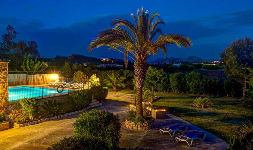 Finca beleuchtet bei Nacht Mallorca PM 3892