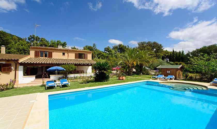 Poolblick und Finca Mallorca PM 3893