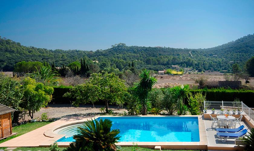 Pool und Blick in die Landschaft Finca Mallorca PM 3893