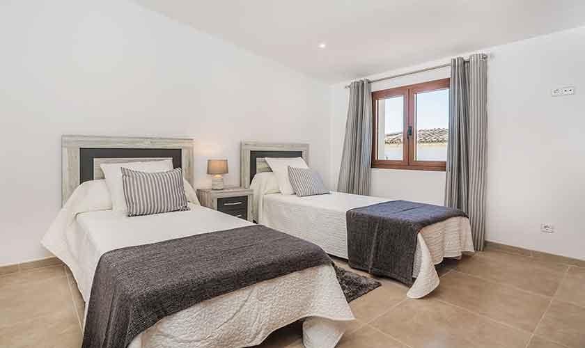 Schlafzimmer Ferienhaus Mallorca PM 3924