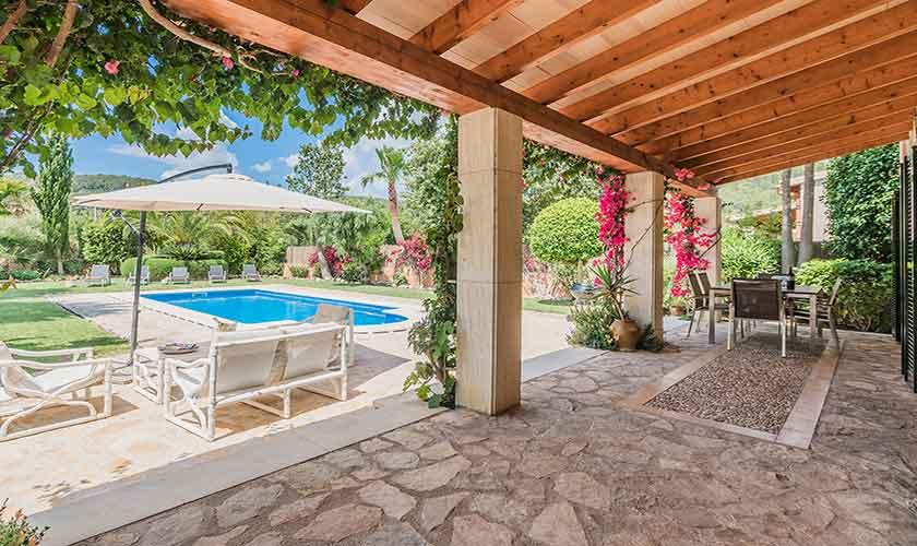 Terrasse und Pool Finca Mallorca für 6 Personen PM 3925