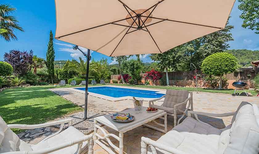 Pool und Terrasse Finca Mallorca für 6 Personen PM 3925