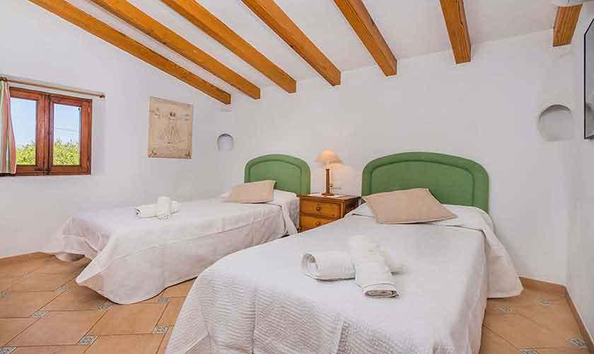 Schlafzimmer Finca Mallorca PM 3971