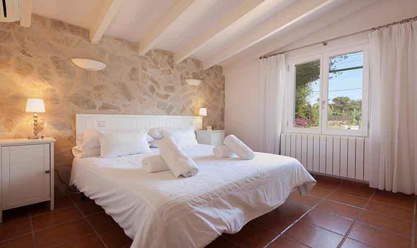 Schlafzimmer Finca Mallorca Norden PM 3991
