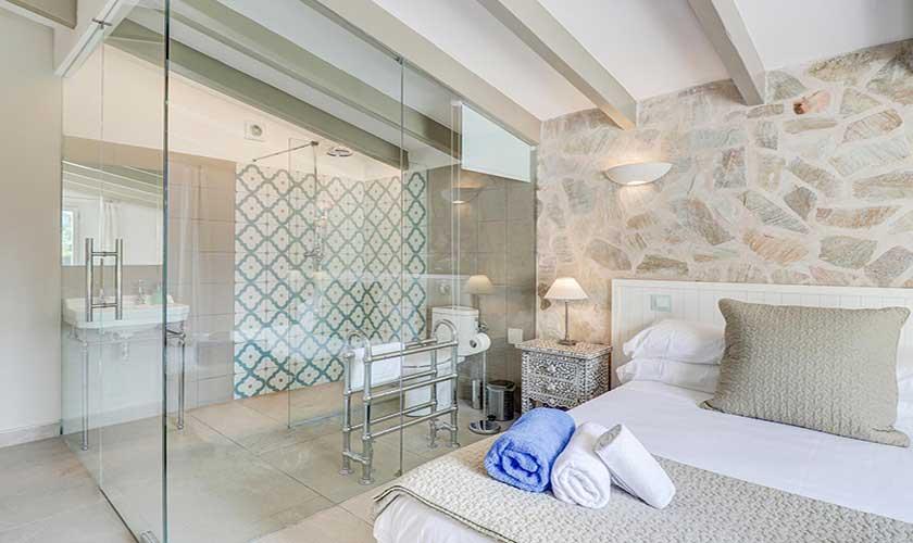 Badezimmer en suite Finca Mallorca Pollensa PM 3991