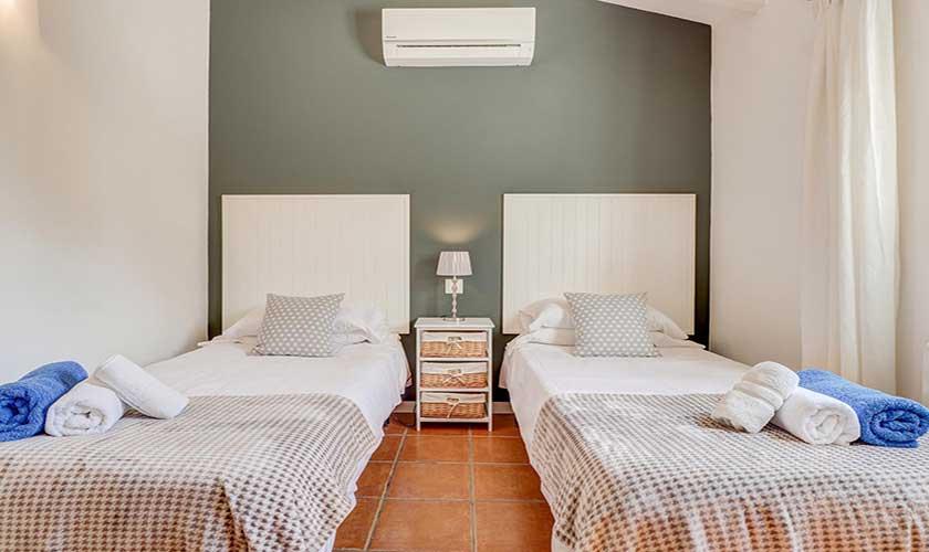 Schlafzimmer Finca Mallorca Pollensa PM 3991