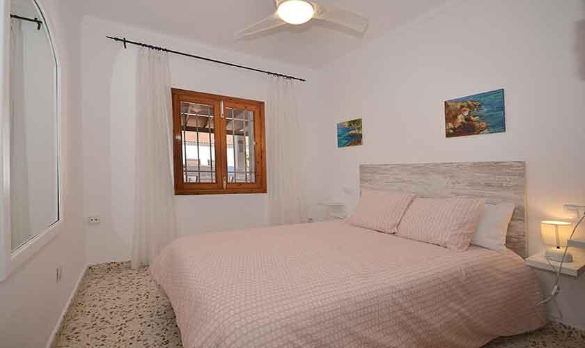 Schlafzimmer Ferienhaus Mallorca PM 462