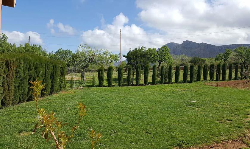 Wiese Ferienvilla Mallorca PM 470