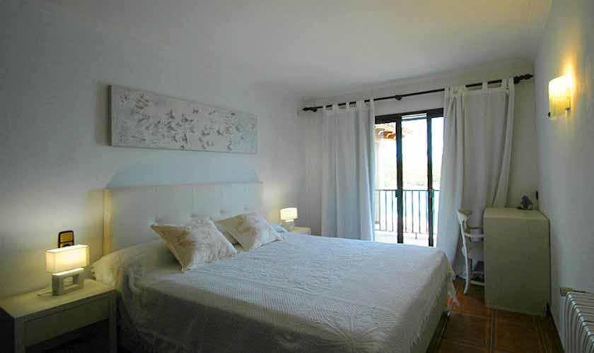 Schlafzimmer Ferienvilla Mallorca Ostküste PM 5140