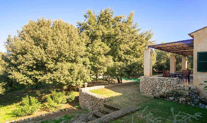 Blick auf die Finca Mallorca Nordosten PM 5215