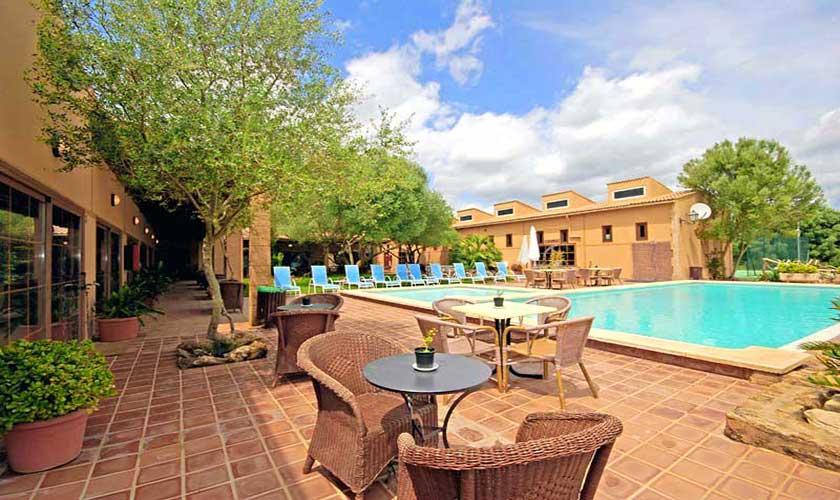 Pool und Terrassen Finca Mallorca PM 522