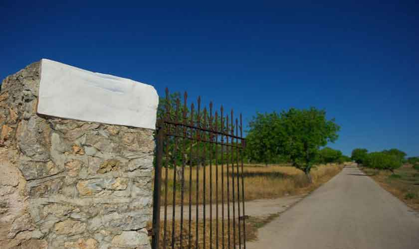 Einfahrt Finca Mallorca PM 5241