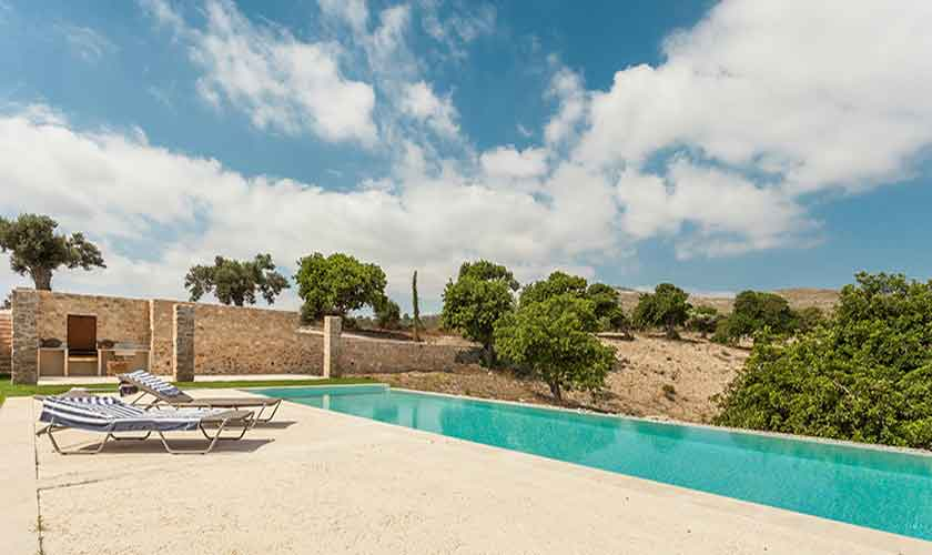 Pool der Finca Mallorca Nordosten PM 5243