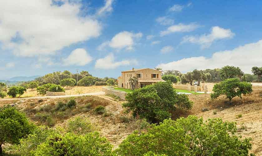 Blick auf die Finca Mallorca Nordosten PM 5243