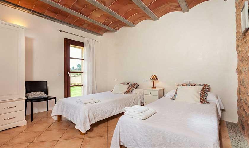 Schlafzimmer Finca Mallorca bei Arta PM 5350