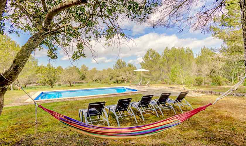 Pool und Liegen Finca Mallorca bei Artá PM 5351