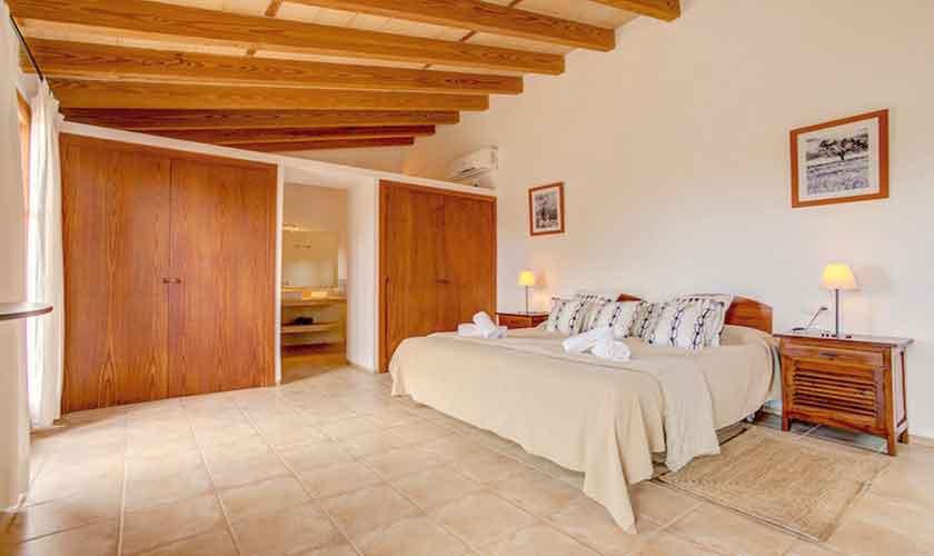 Schlafzimmer Finca Mallorca bei Artá PM 5351