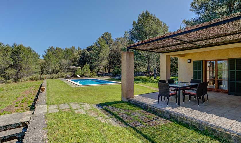 Pool und Terrasse Finca Mallorca bei Artá PM 5351