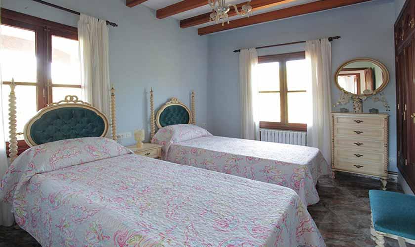 Schlafzimmer Finca Mallorca 10 Personen PM 542