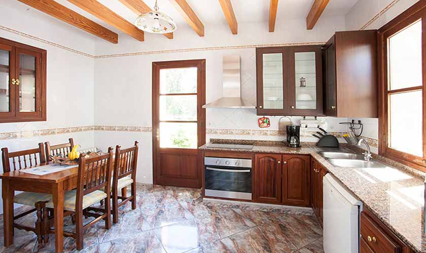 Küche Finca Mallorca 10 Personen PM 542