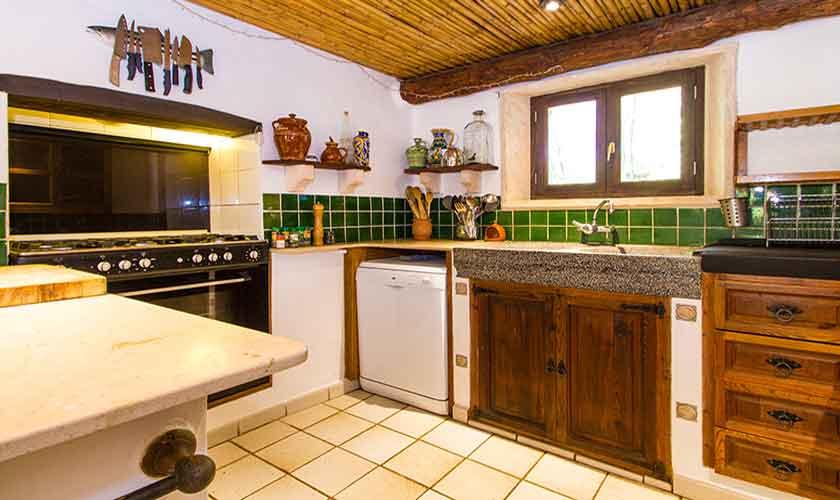 Küche Finca Mallorca Nordosten PM 558